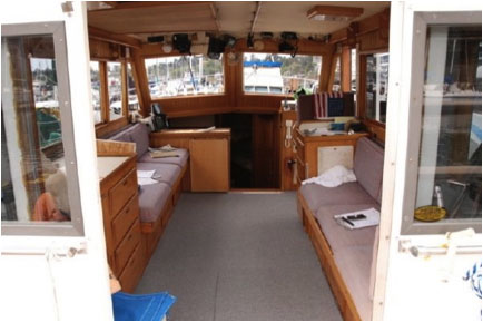 Spacious Cabin for Skagway Charter Fishing